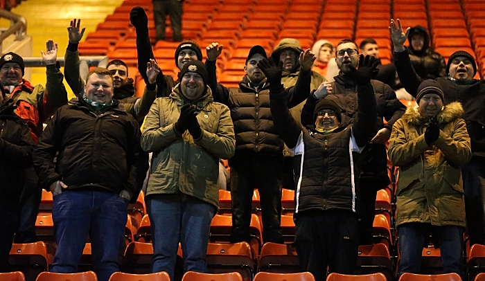 Dabbers fans support their team (1)