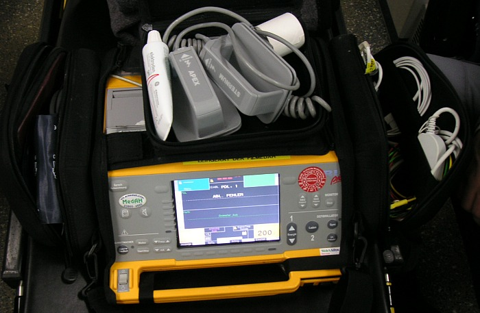 new Elim defibrillator, pic under creative commons