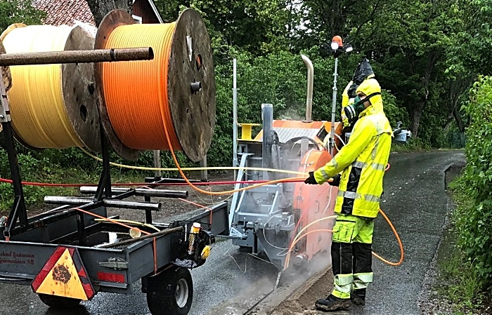 Diamond cutter at work - broadband in Tarporley