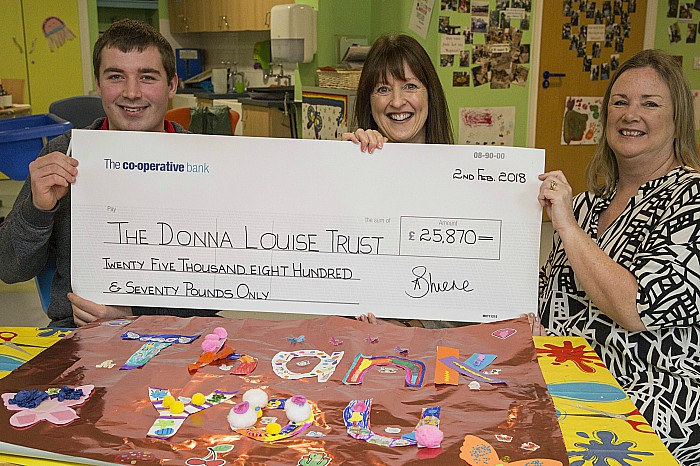 Donna Louise Cheque Presentation 03021803
