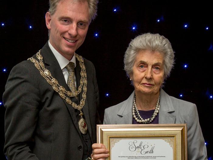 Dr Gill Appleton