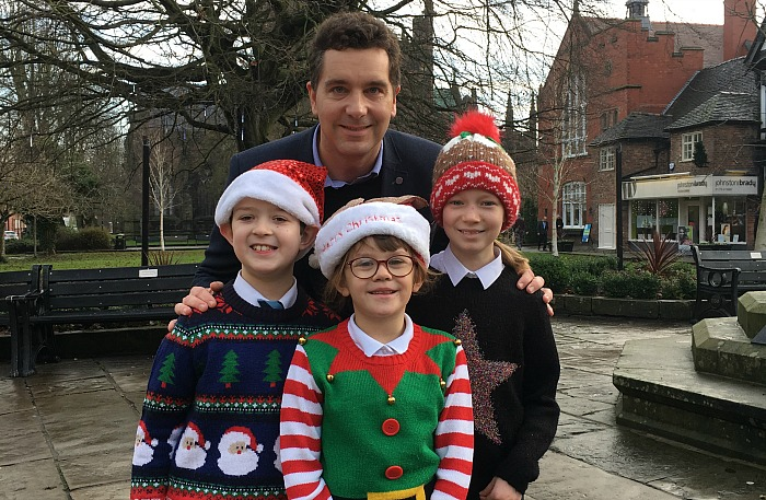 Edward Timpson with Nantwich Primary Academy pupils