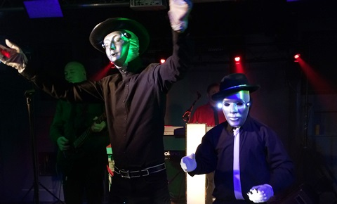 "Review: ""Electro 80s"" thrill music fans at The Studio in Nantwich"