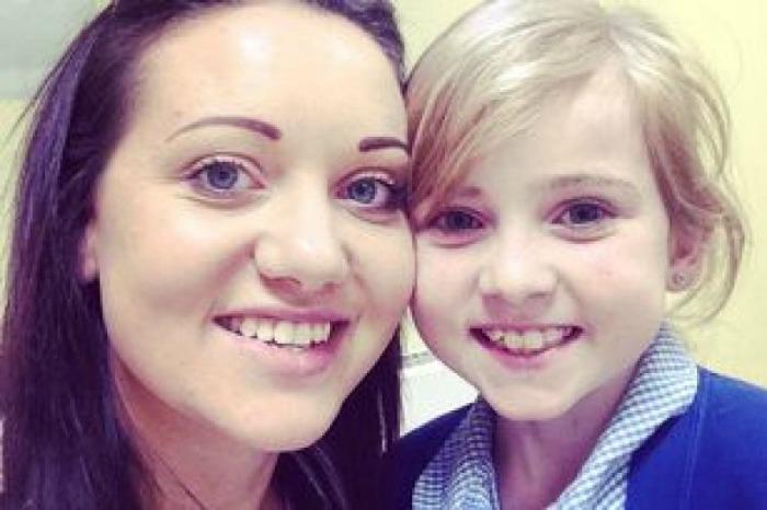 Elle Morris with mum Becky