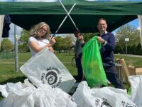 """Friends of Brookfield Park in Nantwich join UK """"Million Mile Clean Up"""""""