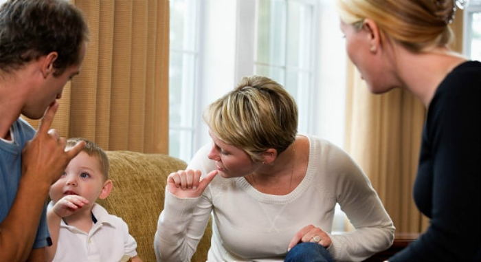 new service - Family communicating by sign language2 (1)