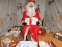 Cancer Research Christmas Fair in Wistaston raises £3,400