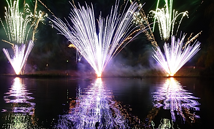 Fireworks reflected in Queens Park lake (2) (1)