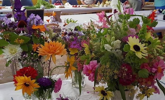Flower arrangements - wistaston