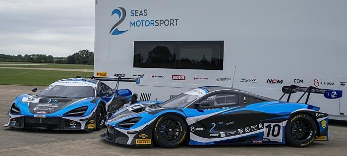 GT McLaren cars - 2 Seas Motorsport