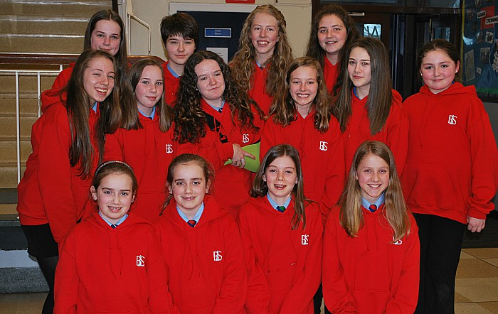 High School Musical dancers relax in their new red cast sweatshirts