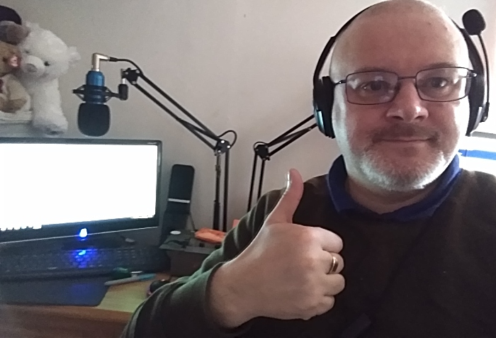 Ian Maddock - presenting his Lunchtime show from home (1)
