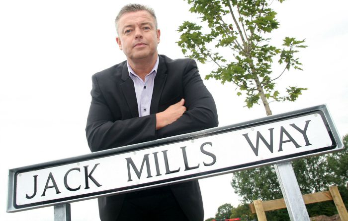 Jack Mills Way unveiled in Shavington by grandson Ian Mills