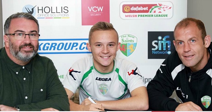jacob-farleigh-signs-for-welsh-premier-league-team-new-saints