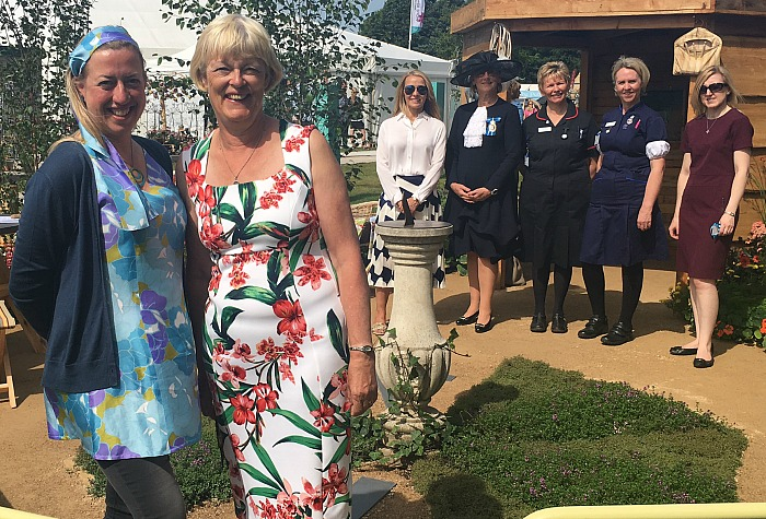 garden - Jane Bingham, Penny Hearn, Caroline Hulme, Sarah Callander Beckett, Linda Ormson, Alison Lynch, Laura Riddle