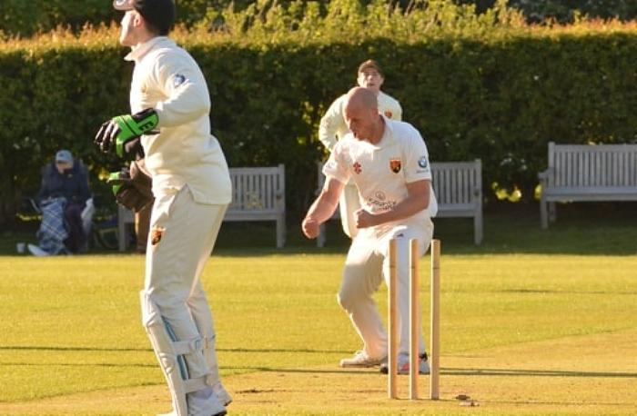 Jimmy Warrington bowler