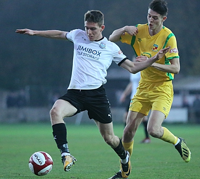 Joe Malkin challenges for the ball (2) (1)