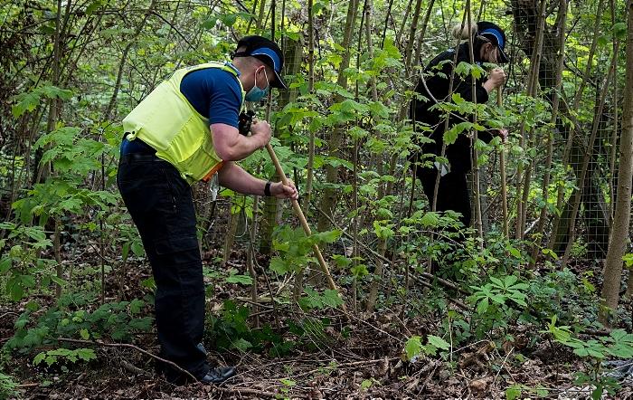 knives seized - Knife sweep in Runcorn 2 (1)