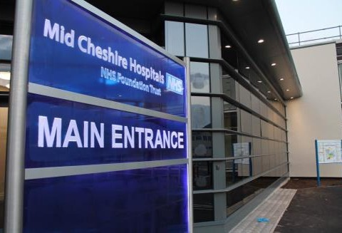 """Leighton Hospital bosses appeal to residents amid """"under pressure"""" A&E"""