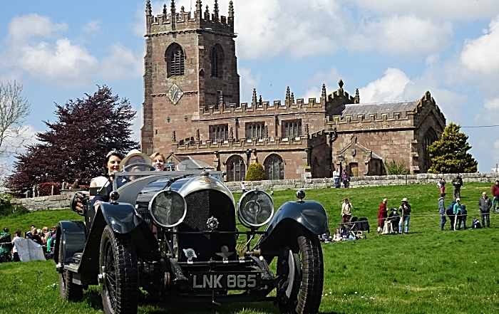 Marbury Merry Days was officially opened by the Cheshire Dairy Queen Hannah Goodwin and Dairy Maid Becky Holman who arrived in a heritage Bentley Motors car (1)