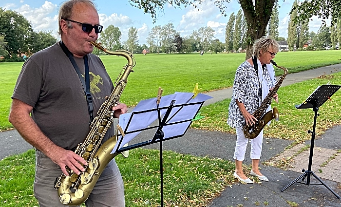 Clap - Mark and Mandy play their saxophones on Park View (1)
