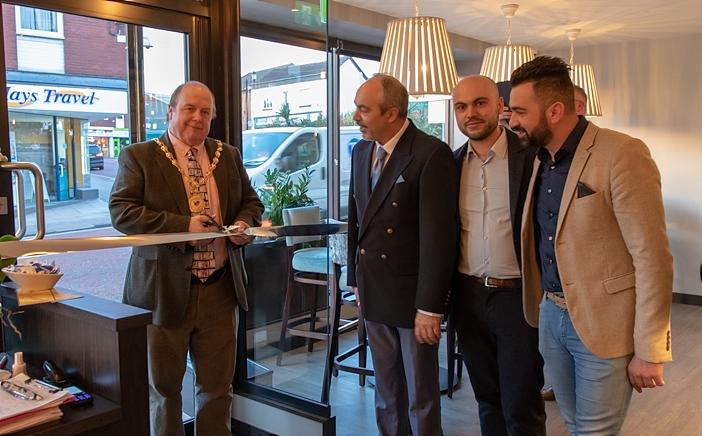 Mayor David Marren opens new Romazzino