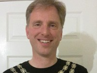 Mayor of Nantwich to tackle London Marathon for charity
