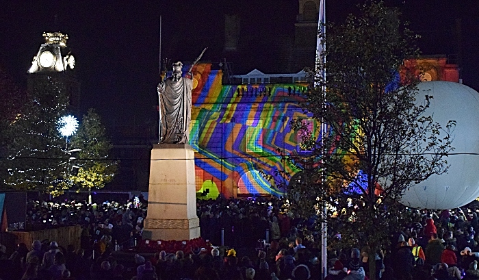 Memorial Square and projection-mapping show (1)