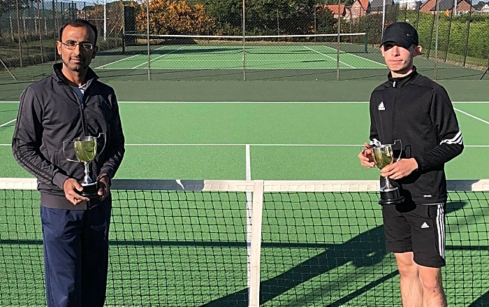 Men's Doubles winners Ryan Harper-Griffiths and Arvind Kumar with trophies (1)
