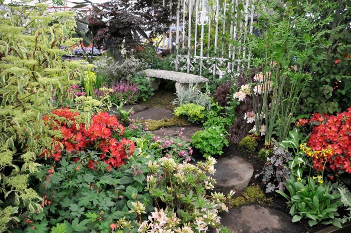 Millstone paths - Temple Garden, Chelsea Flower Show