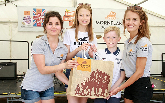 Mornflake flapjack winners at Schoolsfest