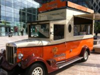 South Cheshire firm Mornflake sends out vintage van to spread its oats