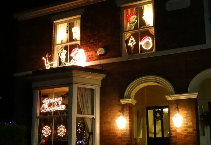 Nantwich - Barony Road - lights