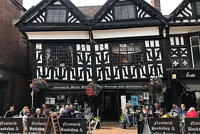 Nantwich Bookshop - frontage (1)