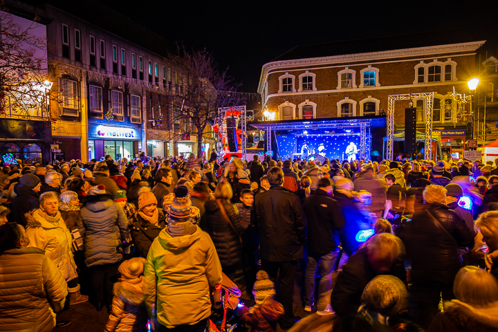 Nantwich Events Photo 3 - Lights switch on