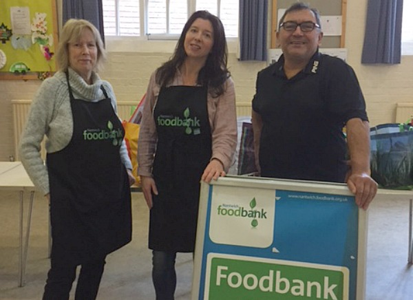 Nantwich Film Club support Nantwich Food bank once again