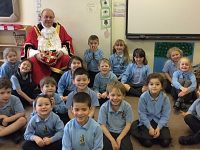 "Nantwich Mayor grilled by pupils in ""Super Stapeley"" project"