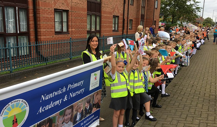 Nantwich Primary Academy line streets for Tour of Britain
