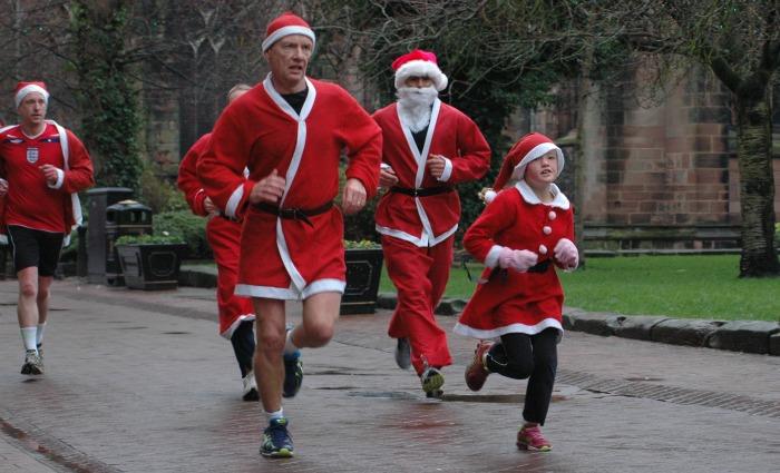 Nantwich Santa Dash competitors