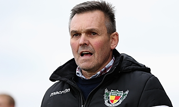 Nantwich Town Manager Dave Cooke shouts order to his team (1)