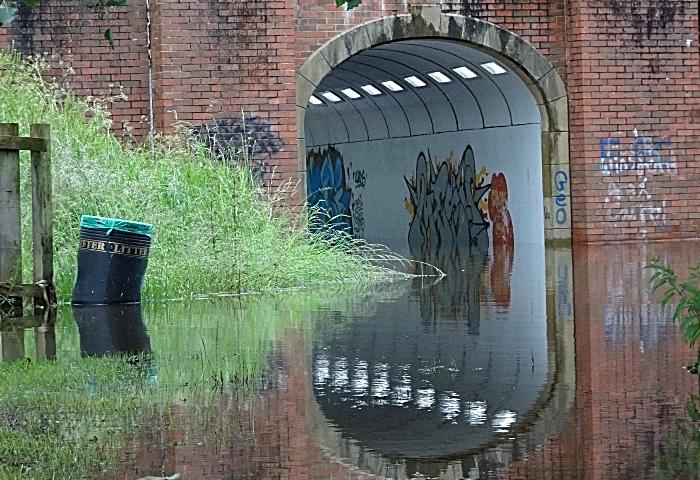 Nantwich flood - Thurs 13-6-19 – River Weaver overflows at Sir Thomas Fairfax Bridge underpass (1)