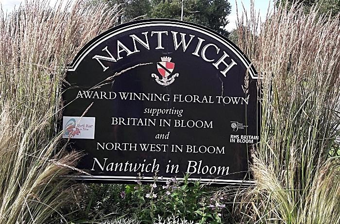 talks - Nantwich sign, Shrewbridge Road 2020