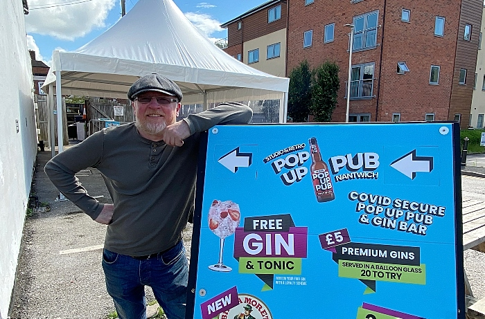 Nigel Woodhouse at his new Pop up Pub & Gin Bar at The Studio-Retro which opens on 4th July (1) (1)