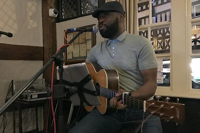 Ogo Nzeakor performs at The Crown Hotel Bar