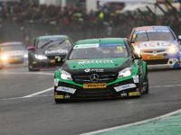"""Positive"" start for Tarporley driver Tom Oliphant in opening BTCC race"
