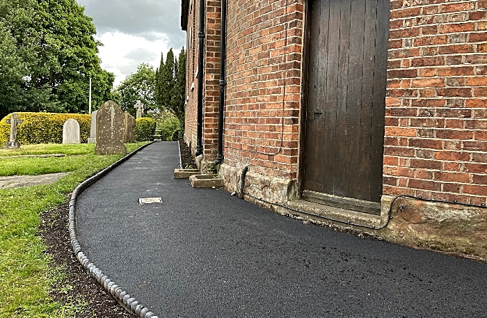 Path to Wistaston & Rope War Memorial (1)