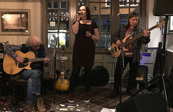 Pete Latham and Jen Ogle perform at The Crown Hotel Bar