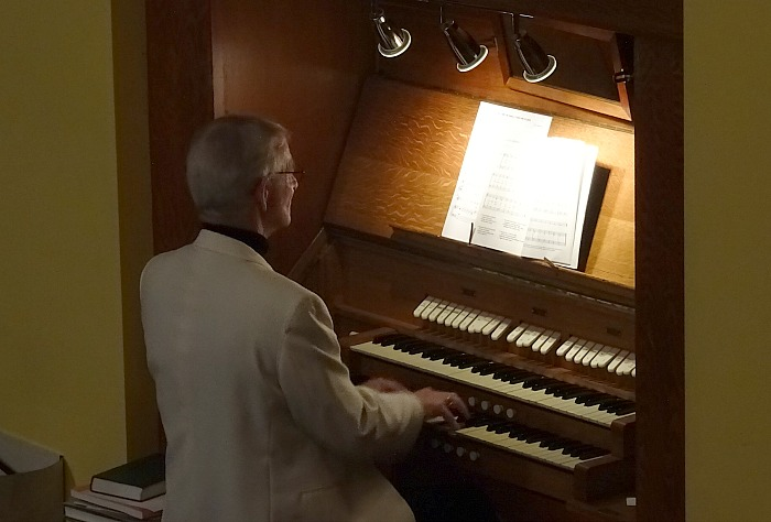 Phil Houghton on the organ