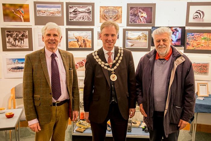 camera club - photo-of-three-people-john-kay-club-chairman-andrew-martin-town-mayor-john-dodd-club-founder