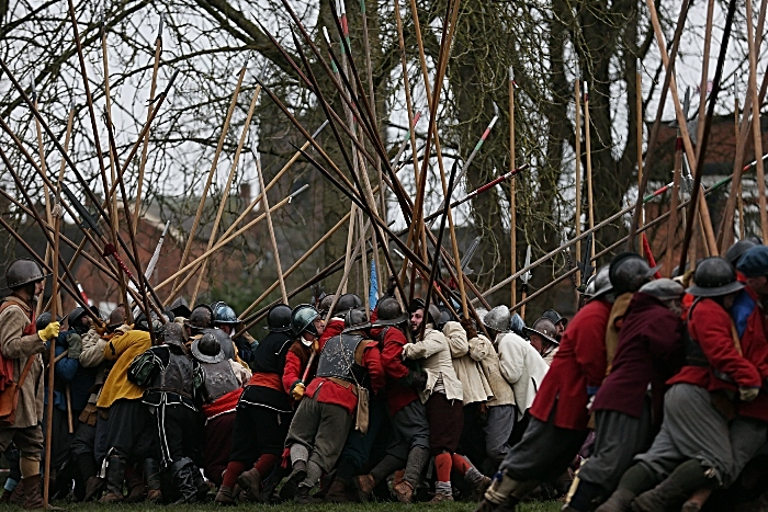 Pikemen engage during the battle (1)